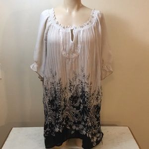 Gorgeous Designer Boho Gypsy  Floral Tunic Top